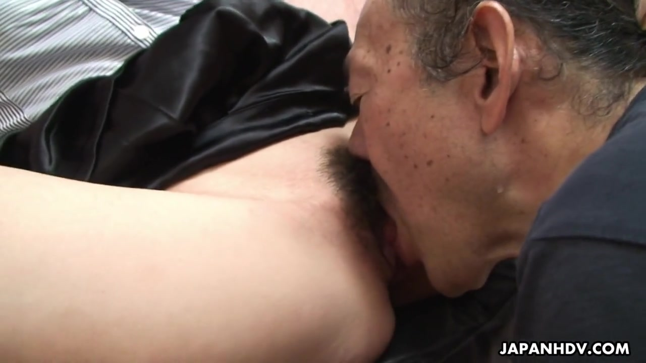 Lesbian Eating Hairy Wet Pussy